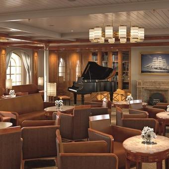 Sea Cloud Spirit Lounge