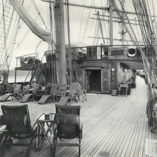 Sea Cloud Hussar deck
