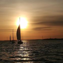 Im Sonnenaufgang zum Startpunkt