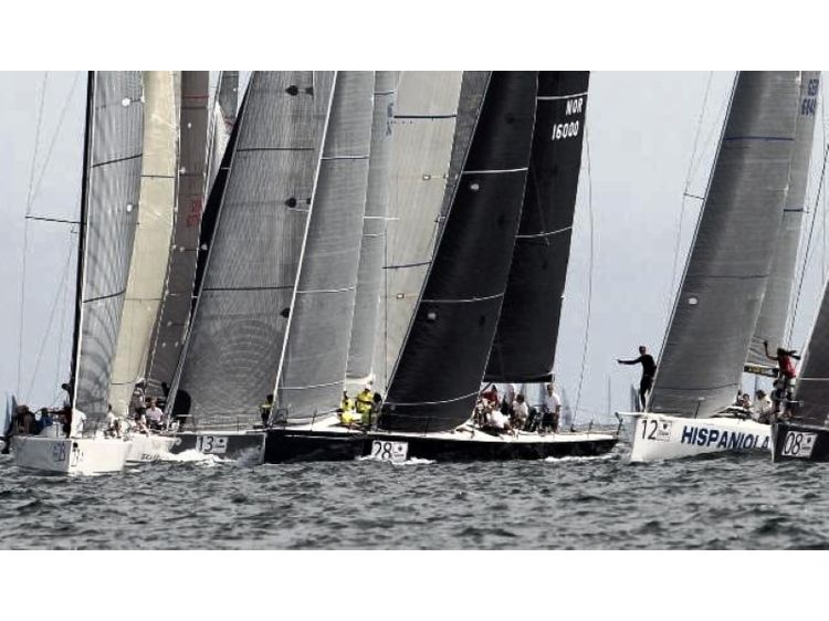 Daytrip with legendary Racing Yachts - winner of Volvo Ocean Race